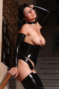 Mistress-Black-latex-x7agxjqft3.jpg